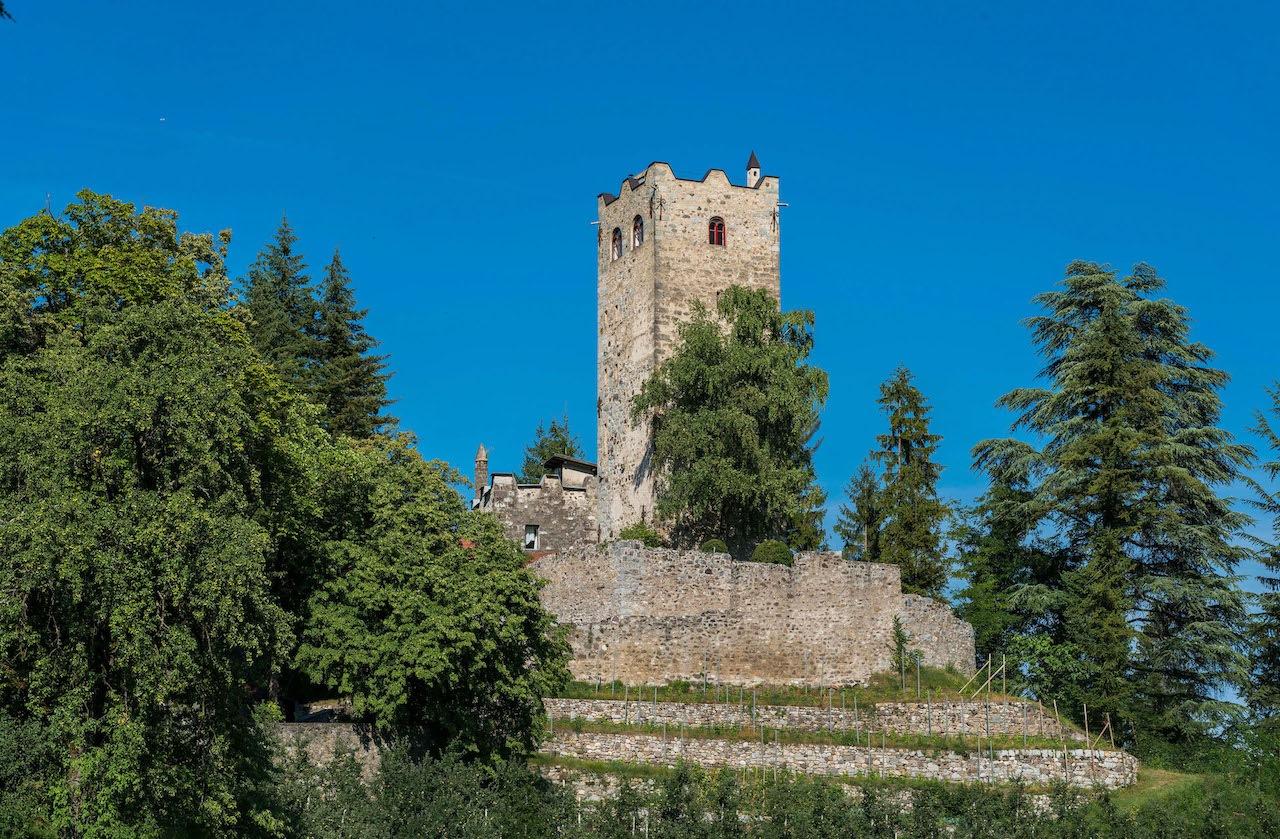 Dorf Prissian Schloss