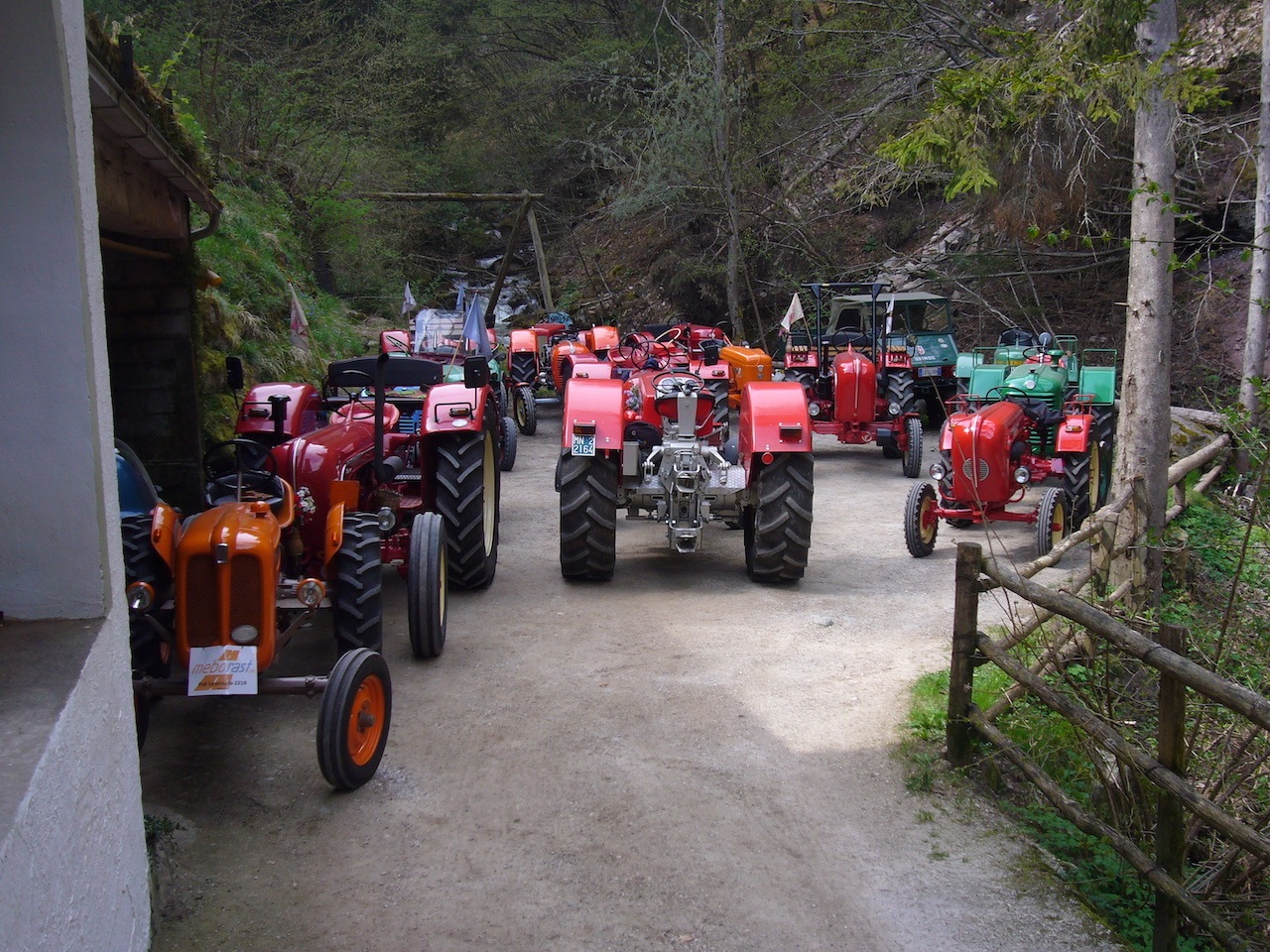 Obertalmühle Oldtimer Traktor Treffen